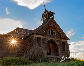 Vintage Schoolhouse with Sunburst