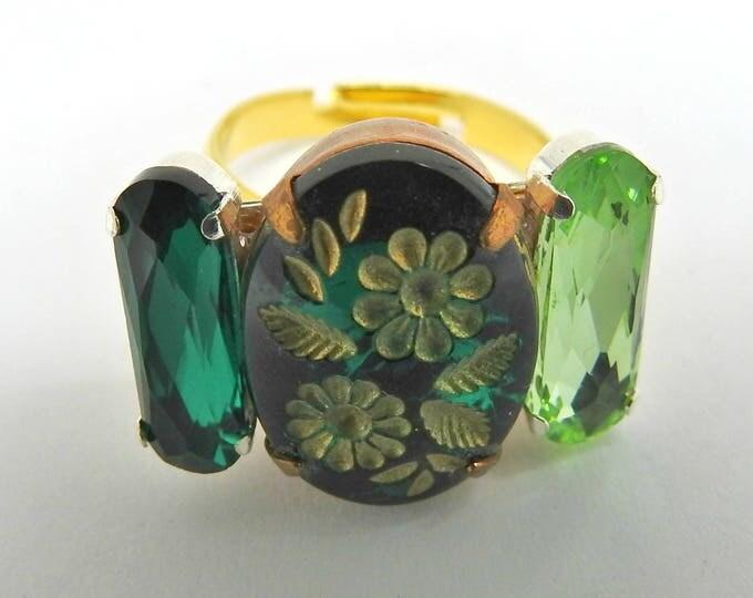 Green ring women's jewelry