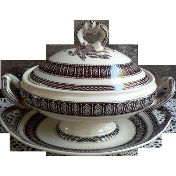 Brown Transferware Gravy Tureen with Underplate, Floral, Covered Dish, Serving, Ironstone, Sauce Tureen