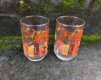 The HOLIDAY HOTEL in Downtown RENO Vintage Water Glasses Libbey Casino 2 Souvenir Drinking Tumbler