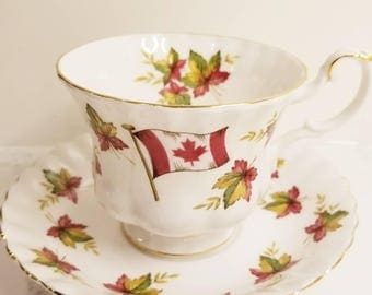 ROYAL ALBERT  Canadian Bone China Vintage Tea Cup and Saucer, From Sea to Sea/Canada Maple Leaf