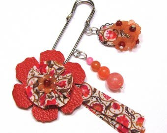 Brooch leather flower and liberty on bias in liberty, gem stone - Orange, safety pin