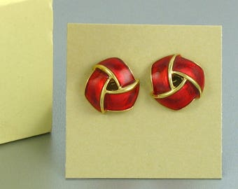 Vintage AVON 'Sophisticated Knot' Red Enamel Pierced Earrings (1985) with Original Box. Vintage Avon Earring. Vintage Avon Jewelry.