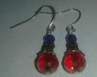 Artisan Handmade USA Red & Blue Glass Crystal Patriotic Independence Day 4th Of July America Dangle Style Earrings Fashion Jewelry Accessory