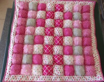 Baby Puff Blanket/Bubble quilt Ladybugs & Polkadots in Pinks