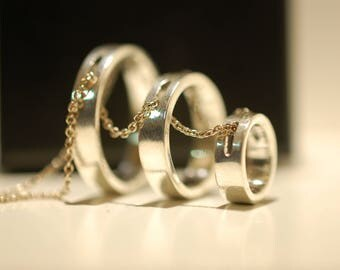 Concentric circles silver