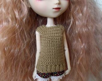 Tan crochet Top for Pullip dolls