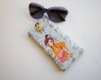 Glasses case, sunglasses case, eyeglasses case, Kokeshi doll, Case for sunglasses, Quilted eyeglass case, glasses sleeve, sunglasses sleeve