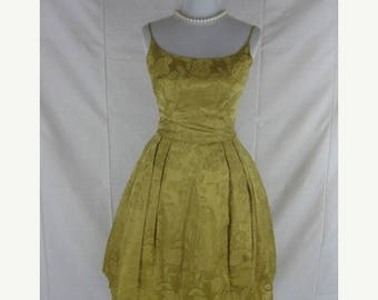 Summer sale Vtg 50s 60s Gold Brocade Womens Vintage Full SKirt Party Dress W 25