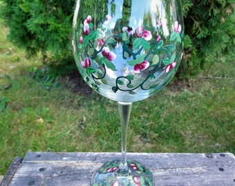 Hand Painted Wine Glasses Miniature Roses, Exclusive Design 8oz Made to order