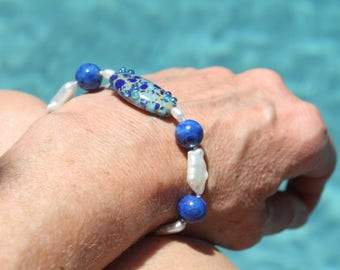 Freshwater Pearl Bracelet with Art Glass and Lapis Lazuli