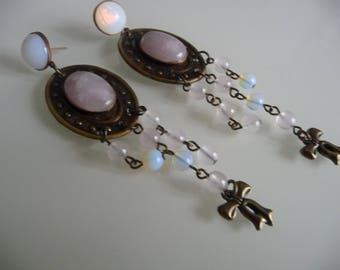 Opal and quartz pierced earrings