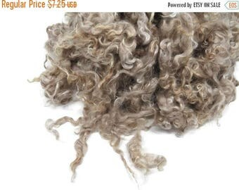 SALE 1 oz Prime Yearling Mohair wool locks , colour oatmeal