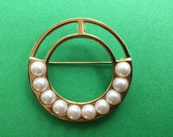 Vintage Monet Circle Brooch