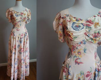 1930s Floral Sweetheart Gown // Medium