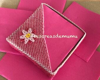 Schéma porte serviette fleur de printemps en tissage danois