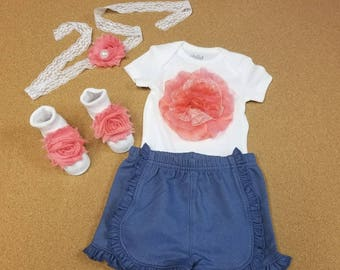 4 PIECES. Size 0-3 months. Newborn baby girl Coming Home Outfit. Baby Girl Clothes.