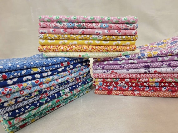 1930's Quilt Fabric Bundle of 26 Fat Quarters From Washington Street Studio Toy Chest Floral Collection Of Small Feedsack Themed Design