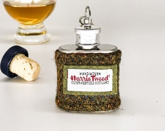 1oz Hip flask with Harris tweed sleeve in terracotta and olive green | Scottish Wedding Party Gift | Wedding Memento | Teacher's Gift