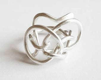 Ring silver knot