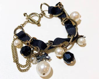 BLACK/GOLD/PEARL Chain Ribbon Bracelet With Charms