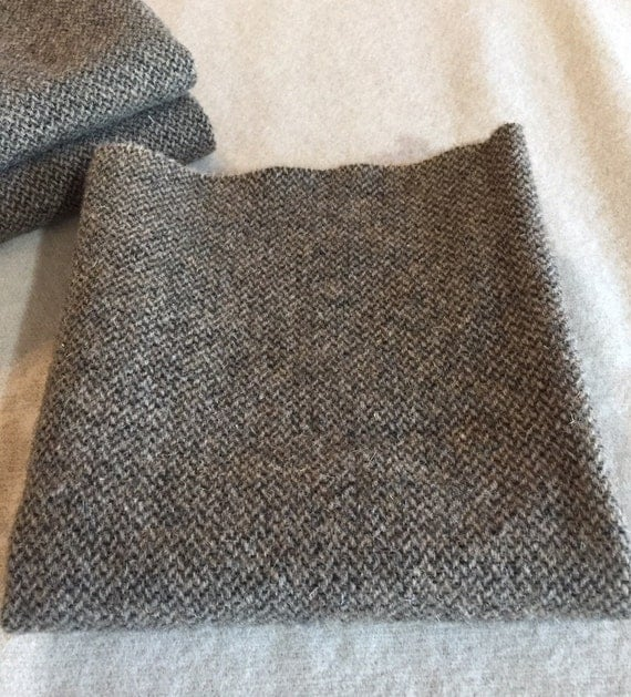 Black Orchid, a Brown and Cream Herringbone, Mill Dyed Wool Fabric for Rug Hooking, Applique, Penny Rugs, Fiber Arts, Fat Quarter Yard  W338