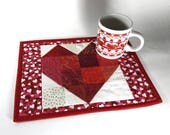 Red and Cream Heart Mugrug, Valentine Snack Mat, Love Theme Mug Rug, Mini Placemat, Handmade Beverage Mat, Mini Quilt, Mouse Pad, Mug Mat
