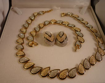 Butler Fifth Avenue Collection Full Parure in Original Box