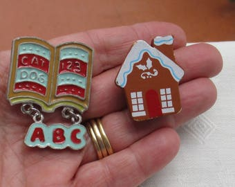 Retro Russ Berrie  Book ABC Refrigerator Magnet Plus Gingerbread Button Cover