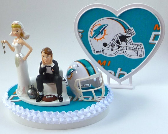 miami dolphin wedding cake toppers wedding cake topper miami dolphins football themed and 17330