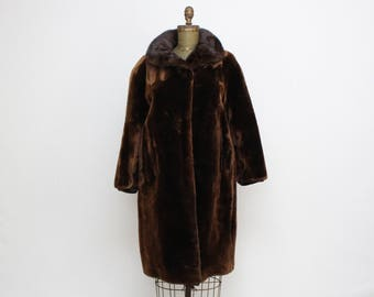 Dark Brown Fur Coat - Size Medium Vintage 1960s Winter Coat