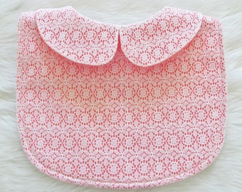 Lace bib / Coral lace bib
