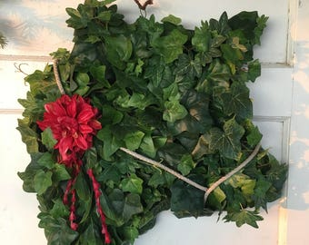 Ivy Cow Wreath