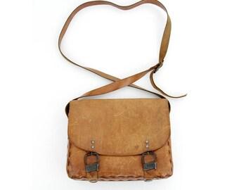 Vintage Leather Messenger Bag // L'Artigiana 70's Leather Purse // Brown Leather Satchel