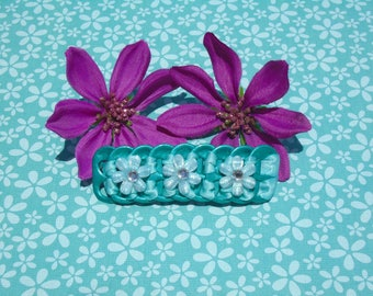 """Turquoise pop tab sparkly sky blue flowers,hair clip,barrette 3"""""""