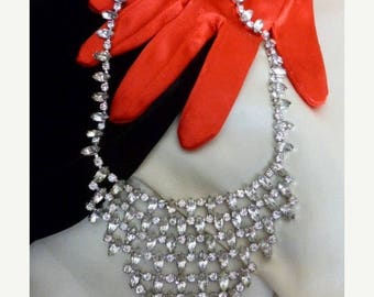 Christmas in July Rhinestone Bib Necklace, Collar Necklace, Clear Rhinestones, Bride, Event, Silver Tone Metal, Lots of Sparkle!