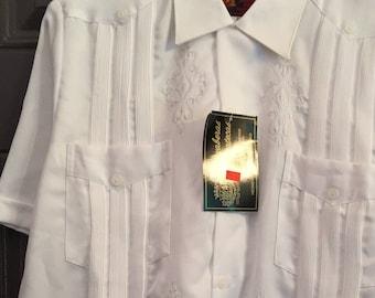 Vintage Guayabera, White Satin Mexican Wedding Shirt, New w/Tags, Size M Medium, Guayaberas Yucatecas, Cool Comfortable Casual & Dressy, NWT
