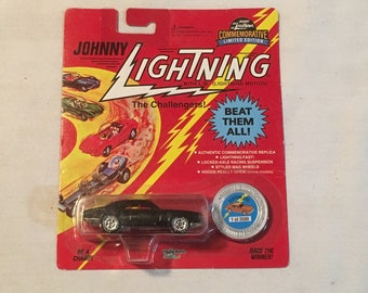 1996 Seattle Toy Show Johnny Lightning Car Mint in Package