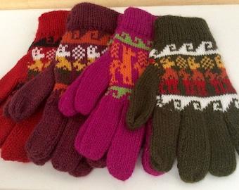 Multicolored alpaca gloves,alpaca motifs gloves,my Peruvian Treasures,Artisan Made Alpaca gloves,unisex winter gloves,Made in Peru