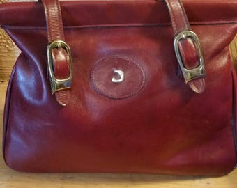Vintage leather Juliette purse, handbag, tote of Etienne Aigner.