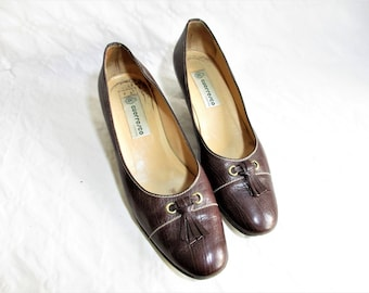Vintage Italian Brown All Leather  Med Heel Slip On Pumps / Size : EU 38  / US Women's 7 1/2 UK Women's 5