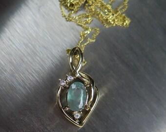 0.7cts Natural colour change Alexandrite & diamond 9ct 14k 18k 22k 375 585 750 yellow white rose gold Platinum Palladium pendant with chain