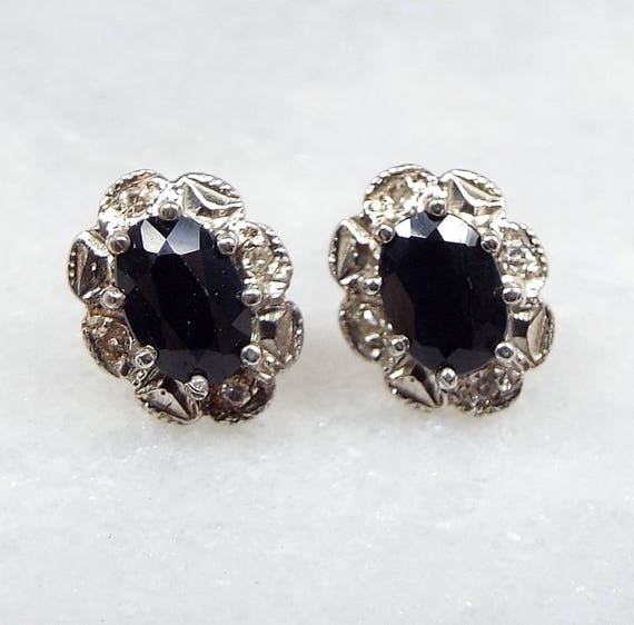 Vintage 9ct Yellow Gold Small Dainty Sapphire and Diamond Cluster Stud Earrings