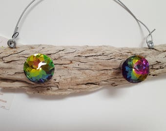 Driftwood Jewelry Holder rainbow knobs