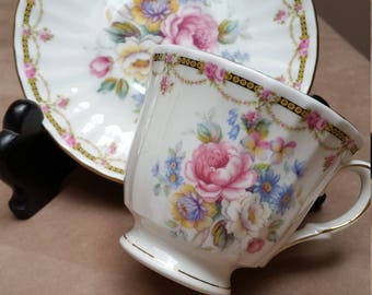 English Teacup. Duchess Bone China. Roses and Flower Garlands.