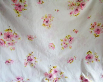 Vintage Full Double Size Flat Sheet Bouquets of Pink Flowers on White Background Cottage Chic Sheet Percale Fashion Manor Made in USA
