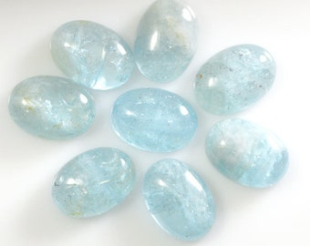 Aquamarine 18x13mm Oval Cabochon