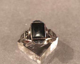 Size 8, Vintage sterling silver handmade ring, solid 925 silver with obsidian, stamped 925