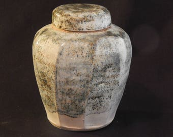 Stoneware Faceted Caddy in White with Wood Ash