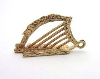 Celtic Knot Design Irish Harp Musical 9k Rose Gold Pendant Vintage 3D Carved